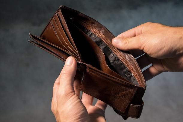 Cuantumul veniturilor tale – sau ale familiei – influențează în mod direct proporțional valoarea finanțării pe care o poți contracta
